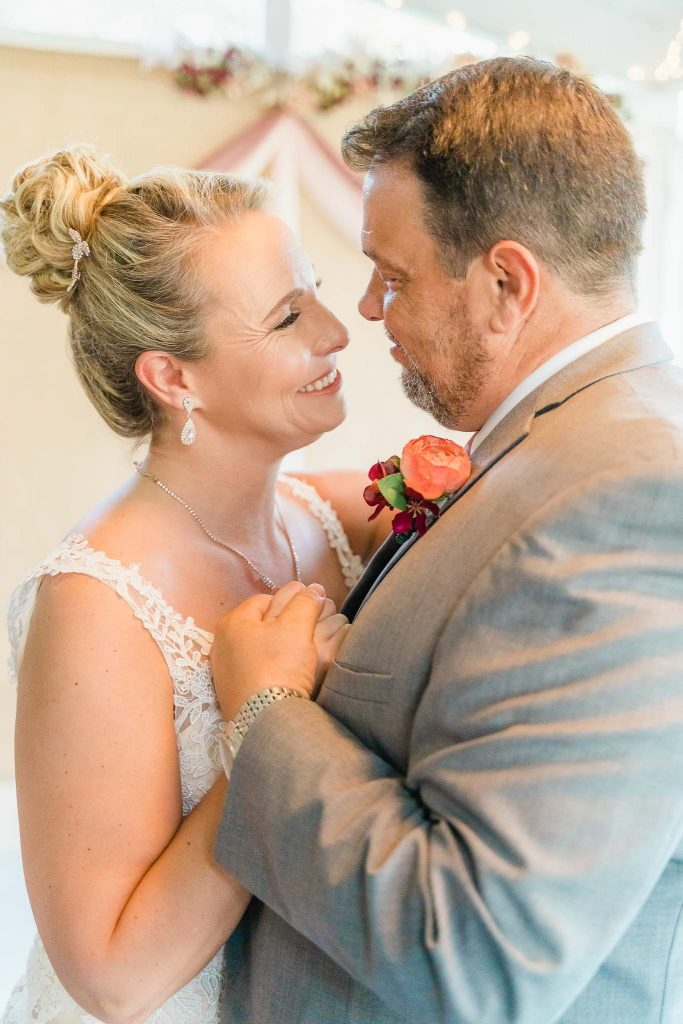 Micro Wedding - Madisonville, KY Wedding Photography - Rhonda + Keith-8