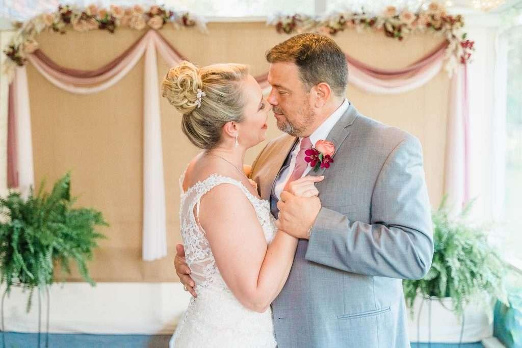 Micro Wedding - Madisonville, KY Wedding Photography - Rhonda + Keith-9
